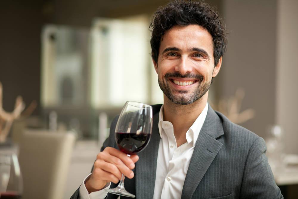 Una copita de vino al día ayuda a cuidar nuestro corazón